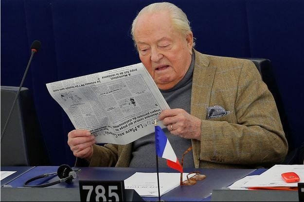 Jean-Marie Le Pen mi mars au Parlement européen.