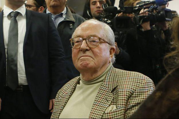 Jean-Marie Le Pen en mars 2015 au siège du FN.