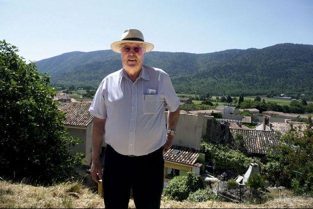 Jeannot, comme on le surnommait, avait 76 ans, dont 36 passés à la tête de cette commune varoise de 2800 habitants.