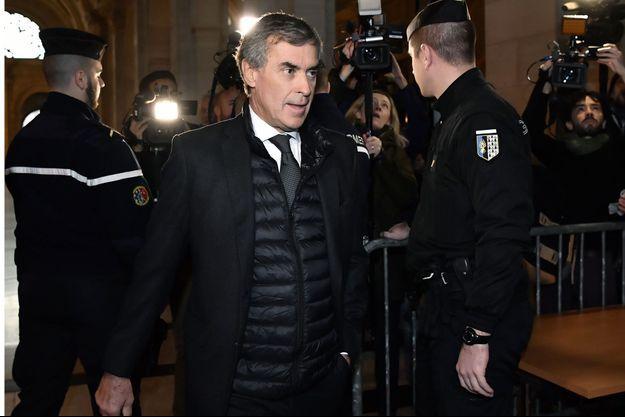 Jérôme Cahuzac arrive à l'audience, jeudi, à Paris.