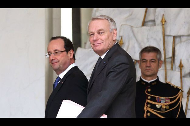 François Hollande et Jean-Marc Ayrault à l'Elysée, mercredi.