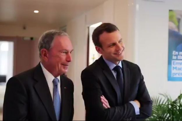 Emmanuel Macron et l'ex-maire de New York Michael Bloomberg, mercredi au QG de campagne du candidat à la présidentielle.