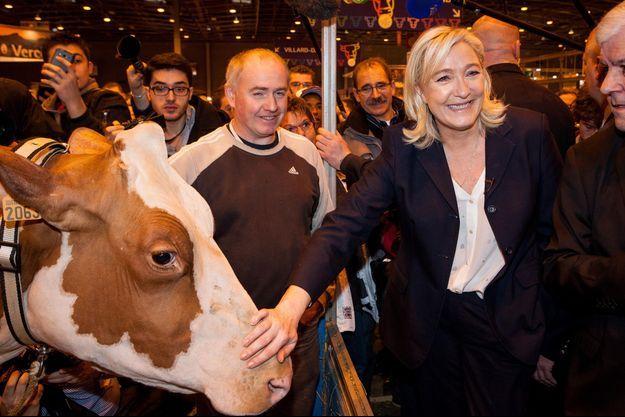 Marine Le Pen lors de sa visite du Salon de l'Agriculture le 26 février prochain.