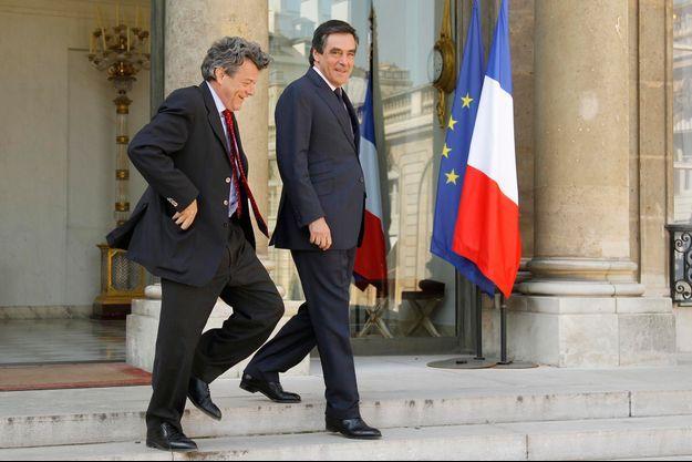 Jean-Louis Borloo veut profiter de la guerre des mots à l'UMP.