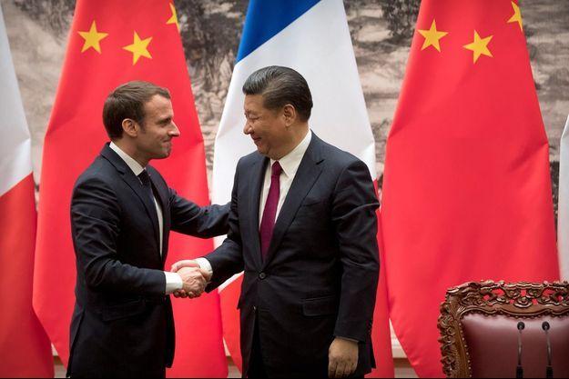 Emmanuel Macron et Xi Jinping , mardi à Pékin.