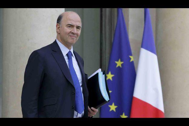 """Les chiffres de l'Insee sont """"préoccupants"""", selon Pierre Moscovici."""