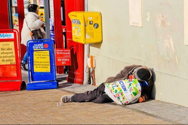 Un sans-abri dans au Mans, dans la Sarthe.