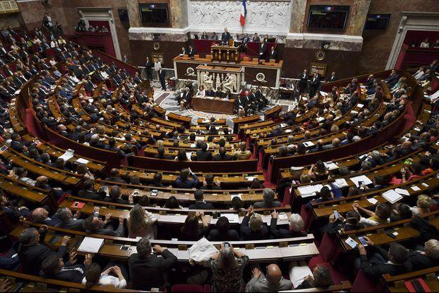 La première séance de l'Assemblée nationale de l'ère Macron s'est déroulée mardi.
