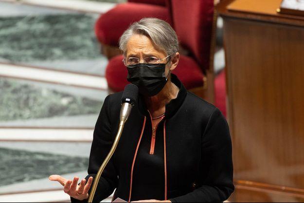 La ministre du Travail Elisabeth Borne mardi à l'Assemblée nationale.