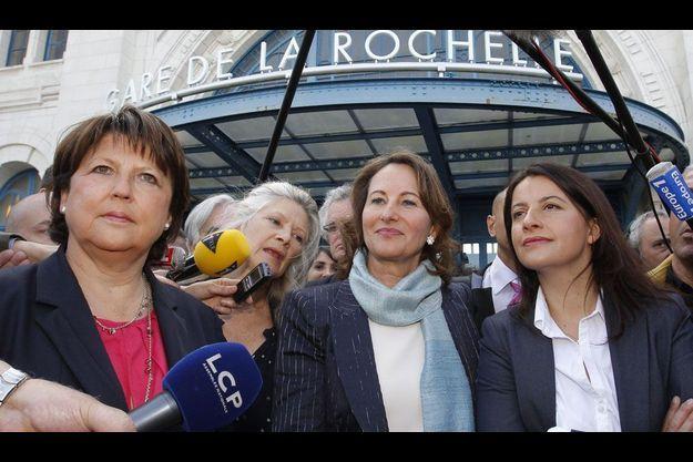 Martine Aubry, Ségolène Royal et Cécile Duflot mardi à La Rochelle.