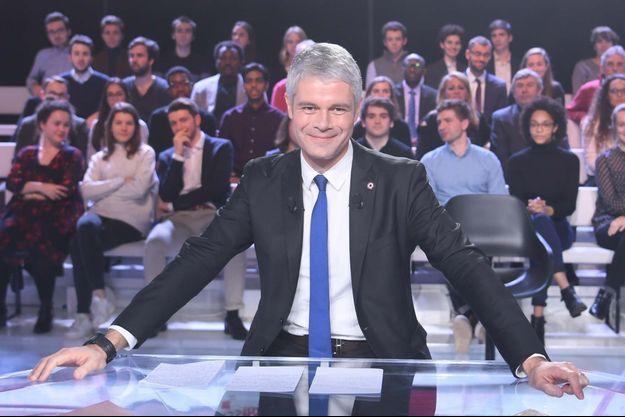 Laurent Wauquiez sur le plateau de L'Emission politique sur France 2.