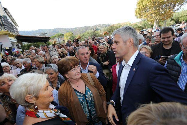 Laurent Wauquiez avec ses soutiens à Pégomas le 26 octobre.