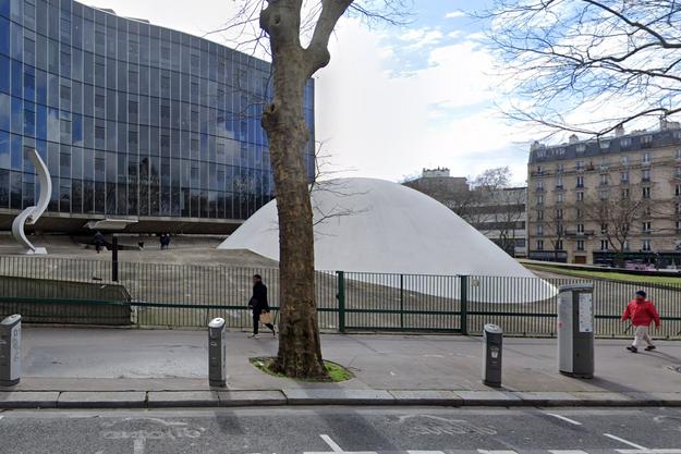 Le siège du parti communiste à Paris.
