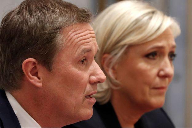 Nicolas Dupont-Aignan et Marine Le Pen, lors de la présidentielle 2017.