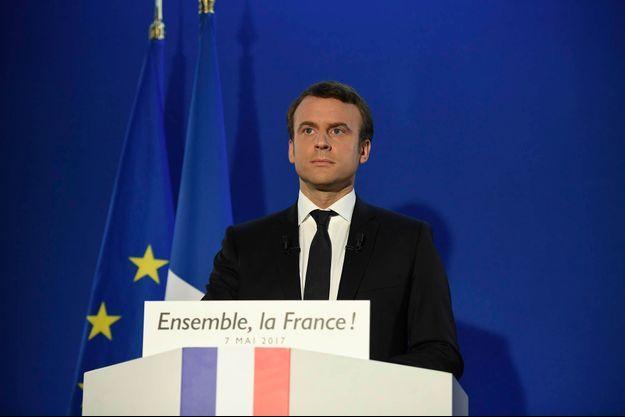 Emmanuel Macron à son QG à Paris.
