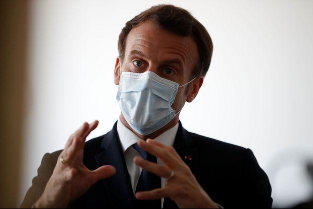 Emmanuel Macron à Pantin, mardi 7 avril.