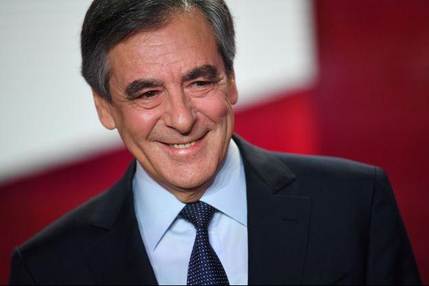 """François Fillon dans l'émission """"Vous avez la parole"""" sur France 2."""