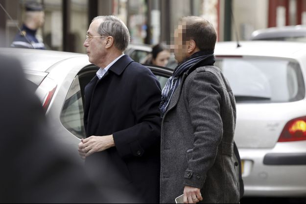 Samedi 7 mars, Claude Guéant à la sortie de sa garde à vue.