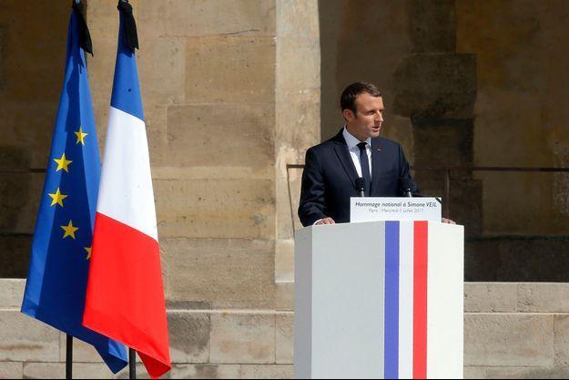 Emmanuel Macron a prononcé le discours d'hommage à Simone Veil.