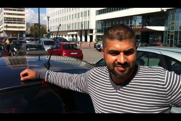 Skander Imtiaz, 31 ans. Français d'origine pakistanaise, il pose ici pour Match à Massy.