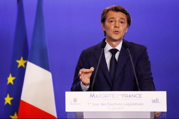 François Baroin dimanche soir après les premières estimations sur le premier tour des législatives.