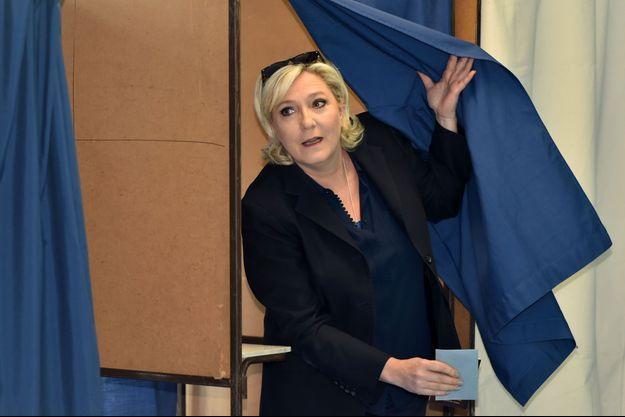Marine Le Pen a voté ce dimanche à Hénin-Beaumont.