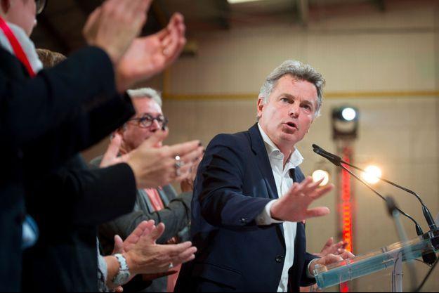 Fabien Roussel lors du congrès du Parti communiste à Ivry-sur-Seine dimanche.