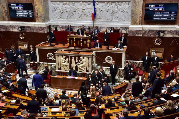 Adoption du projet de loi antiterroriste à l'Assemblée nationale, mardi.