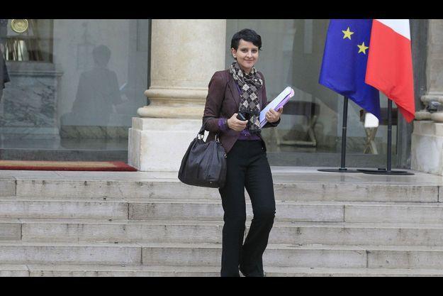 Najat Vallaud-Belkacem, la porte-parole du gouvernement, jeudi à la sortie du Conseil des ministres.