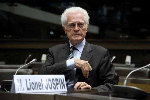 Lionel Jospin, photographié en octobre 2014 à Paris.