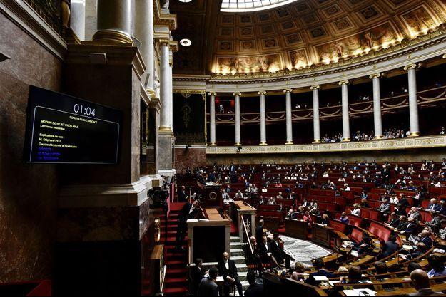 Dans l'hémicycle du Palais-Bourbon, le 1er août.