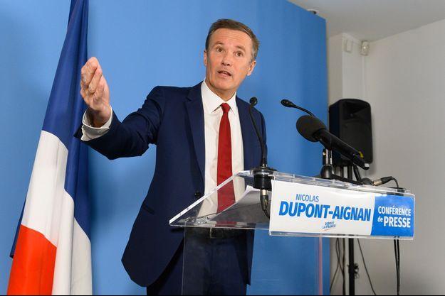 Nicolas Dupont-Aignan, lors de ses voeux à la presse jeudi.