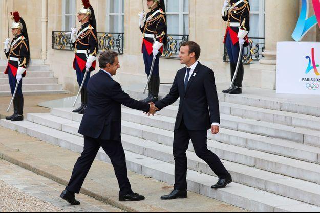 Nicolas Sarkozy reçu à l'Elysée par Emmanuel Macron en septembre 2017.