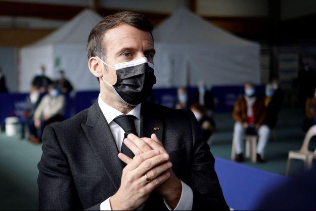 Emmanuel Macron, à Valenciennes mardi.