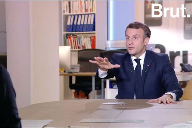 Emmanuel Macron, lors de son interview à Brut vendredi.
