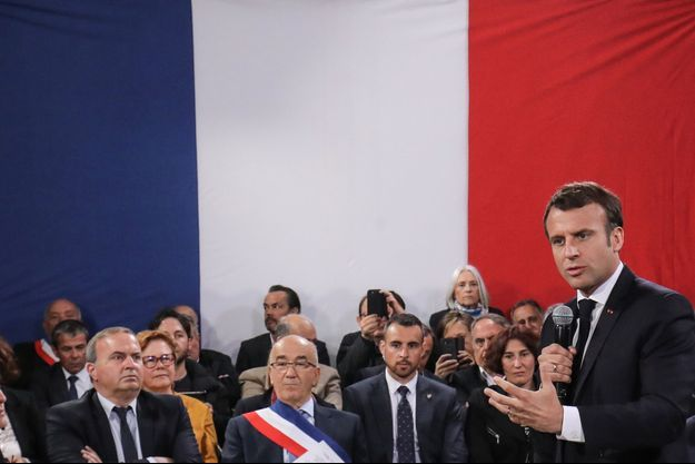 Emmanuel Macron jeudi à Cozzano.