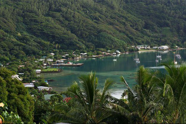 Vue de Mangareva, une des îles touchées par les retombées des essais nucléaires français.
