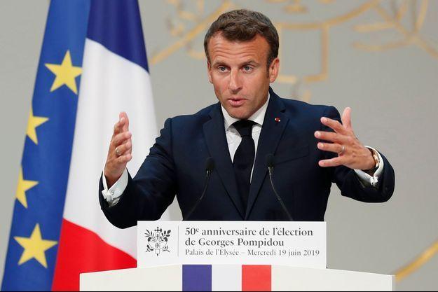 Emmanuel Macron lors de l'hommage à Georges Pompidou.