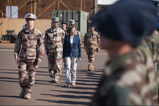 La ministre des Armées Florence Parly à Gao, au Mali.