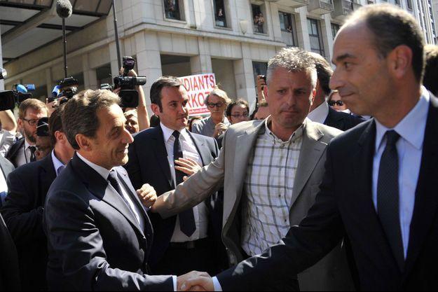 Juillet 2013, Jean-François Copé reçoit Nicolas Sarkozy au siège de l'UMP.