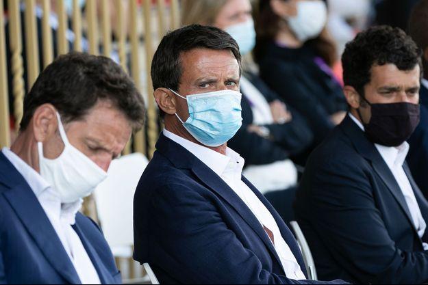 Manuel Valls (au centre), le 27 août dernier.