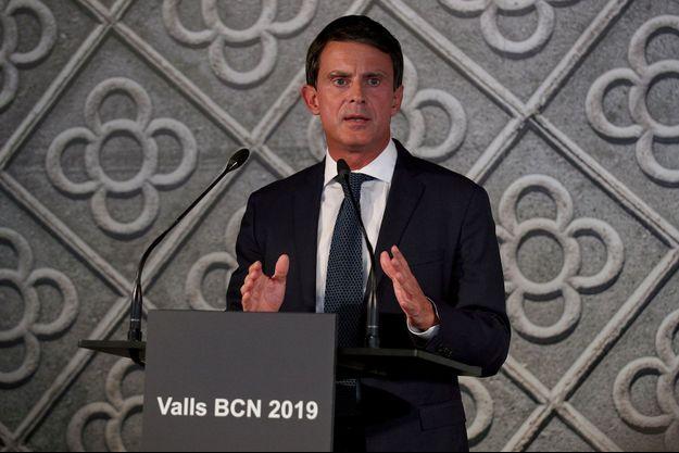 Manuel Valls au Centre de culture contemporaine de Barcelone, mardi.