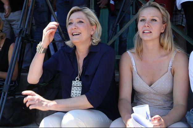 Marine Le Pen et Marion Maréchal ici lors d'un meeting en juillet 2016.