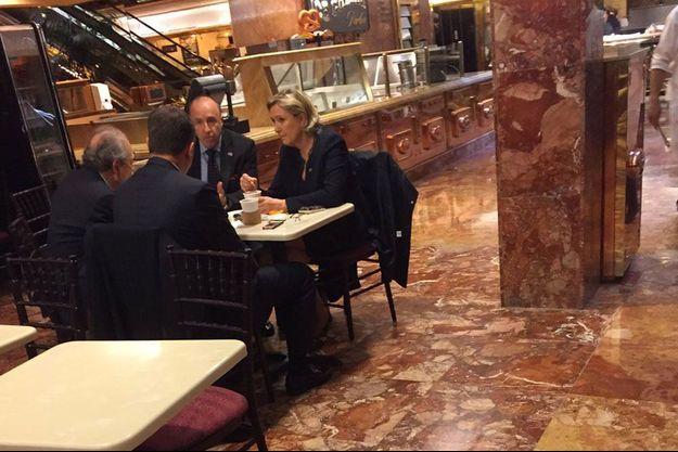 Marine Le Pen à la Trump Tower, jeudi.
