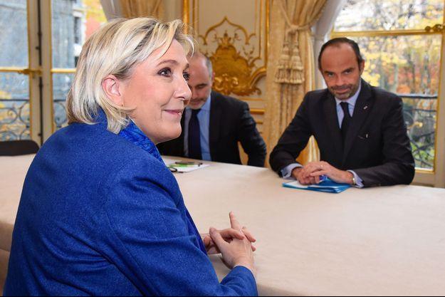 Marine Le Pen et Edouard Philippe le 29 novembre 2017 à Matignon