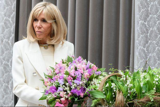 Brigitte Macron, ici le 1er mai à l'Elysée pour une cérémonie.