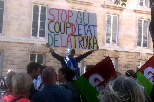 """""""Un coup d'Etat contre la Grèce"""" : une accusation de plus en présente."""