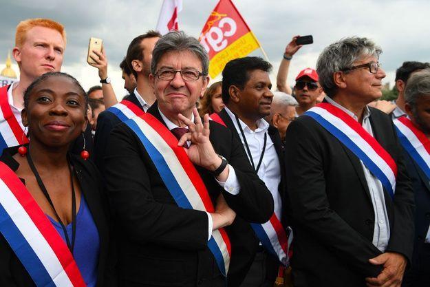 De gauche à droite : Adrien Quatennens, Danièle Obono, Jean-Luc Mélenchon, Jean-Hugues Ratenon et Eric Coquerel, le 27 juin 2017.