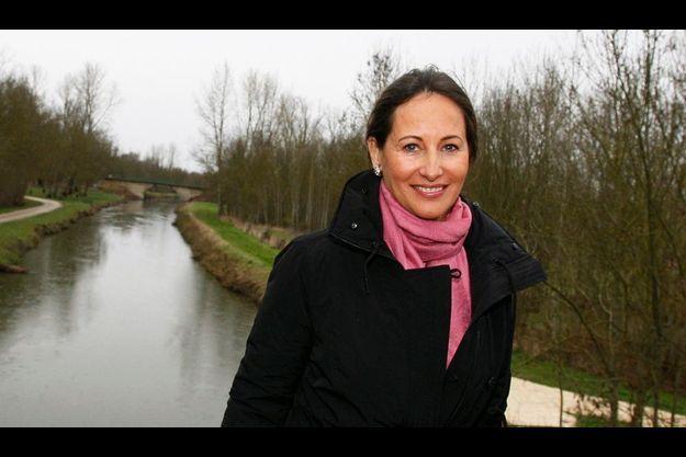 Déterminée à gagner, Ségolène Royal sillonne son territoire. Ici, à Saint-Hilaire-la-Palud dans les Deux-Sèvres, le 16 janvier.