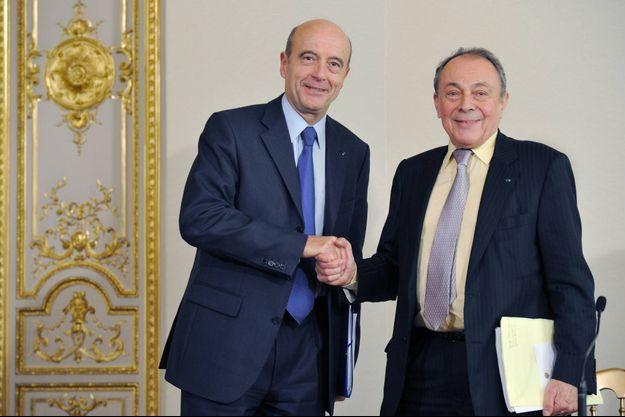 Alain Juppé a rendu hommage à Michel Rocard. Les deux hommes ont co-présidé ensemble la Commission sur le grand emprunt